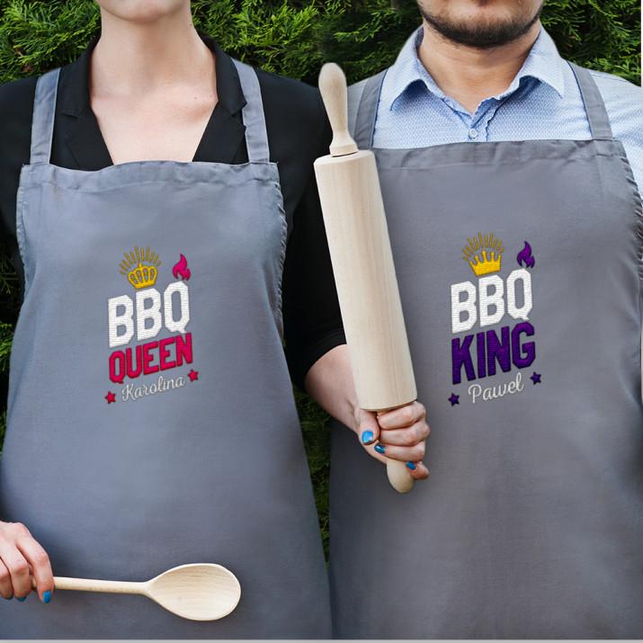 BBQ King&Queen - Zestaw dwóch fartuchów kuchennych