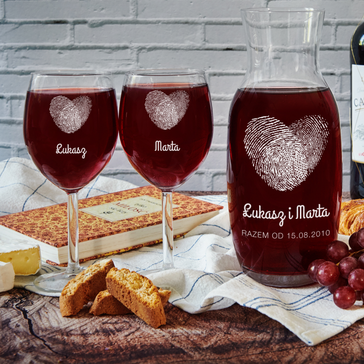 Fingerprints - Zestaw grawerowana karafka i dwa kieliszki do wina