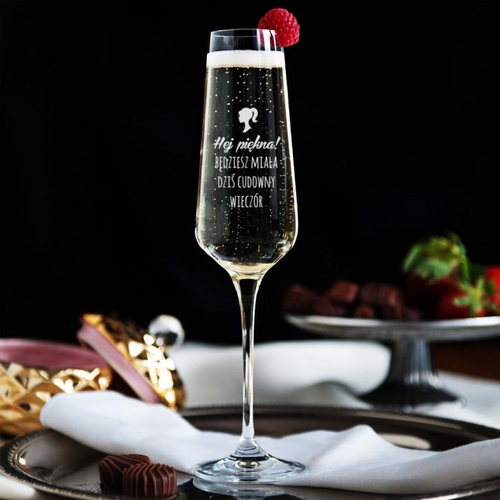Hej, Piękna - Grawerowany Kieliszek do szampana
