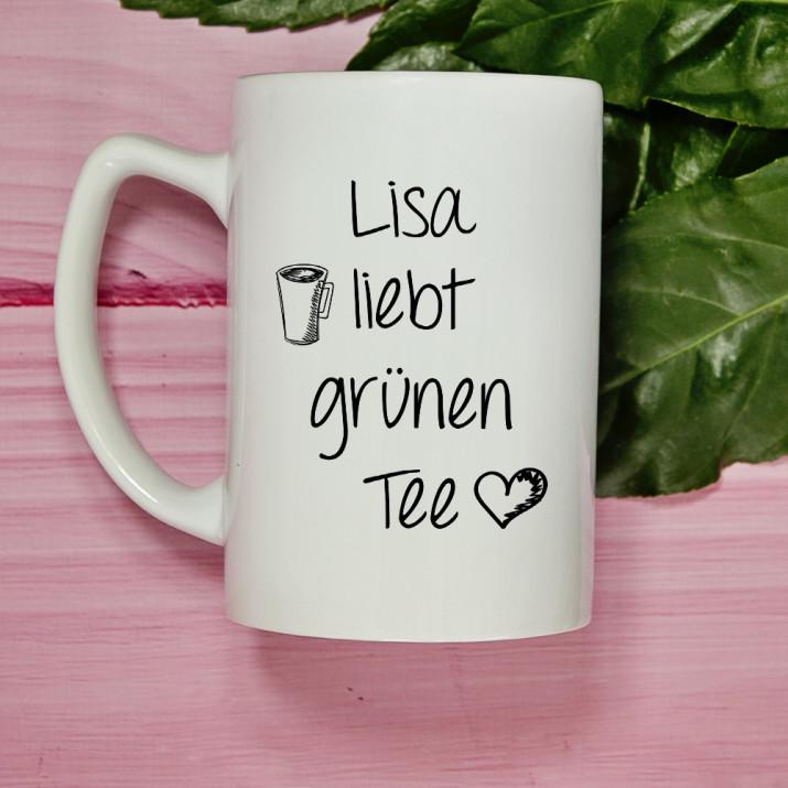 Liebt grünen Tee - Personalisierte Tasse