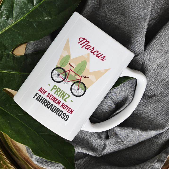 Prinz auf seinem Fahrradross - personalisierte Tasse