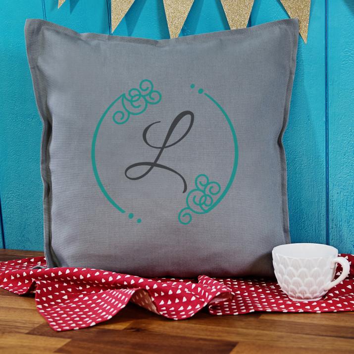 Monogram 2 - Poduszka dekoracyjna