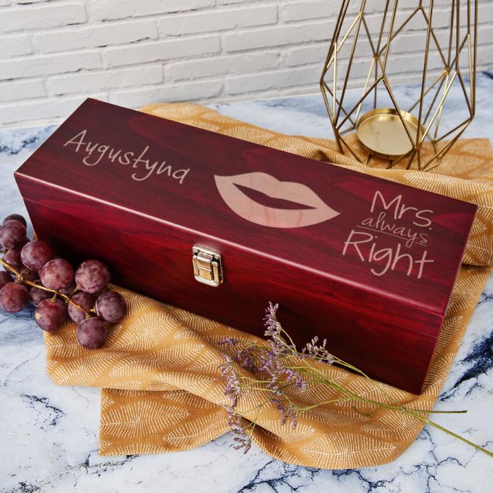 Mrs. always Right  - Skrzynka na wino z akcesoriami