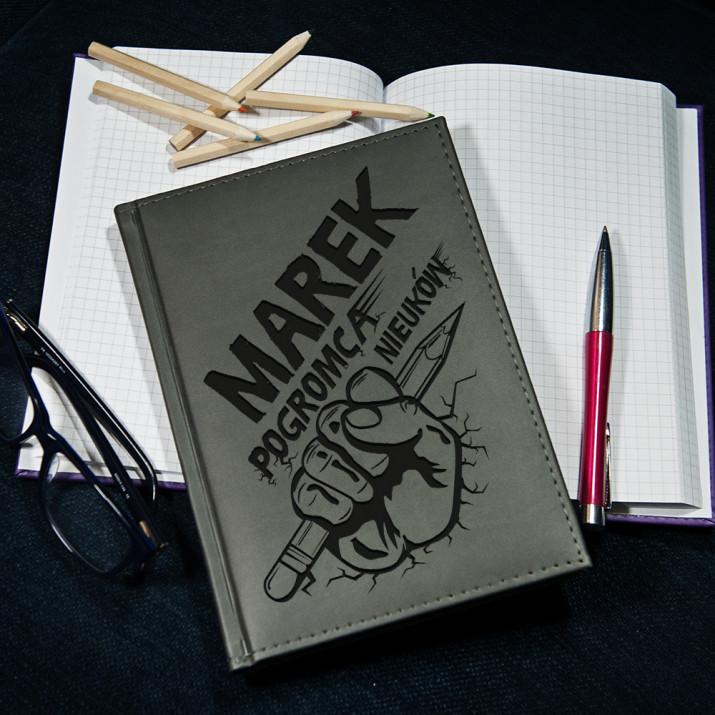 Pogromca - notatnik grawerowany A5