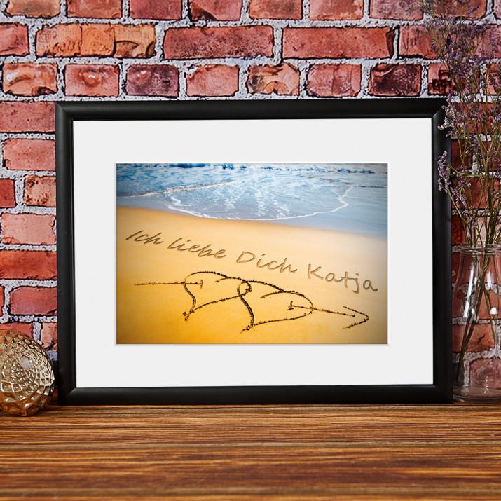 Nachricht: Zwei Herzen im Sand - Kunstdruck