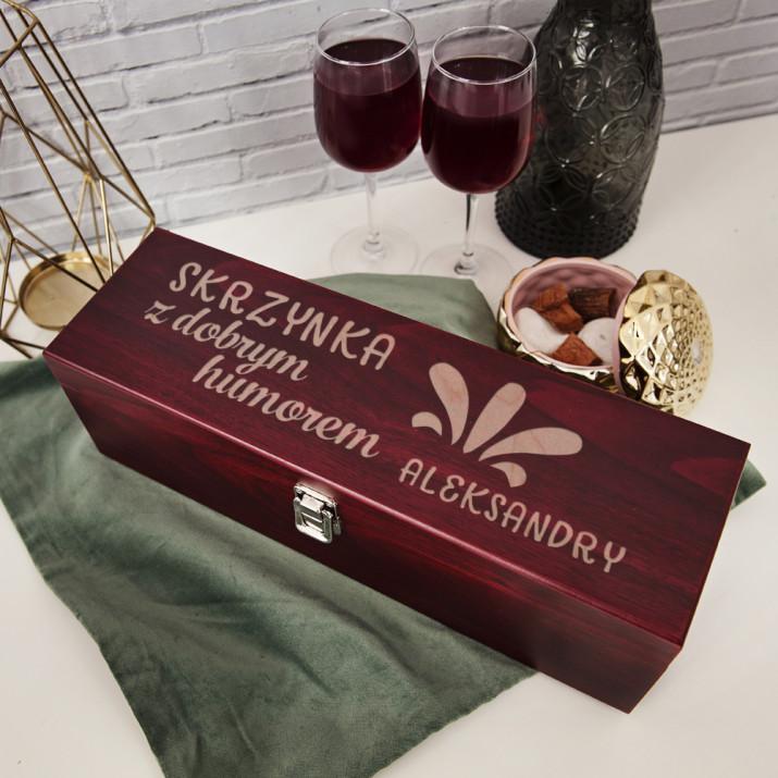 Z dobrym humorem - Skrzynka na wino z akcesoriami