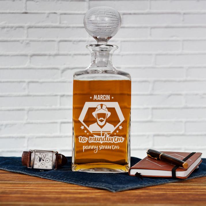 Za mundurem - grawerowana karafka do whisky